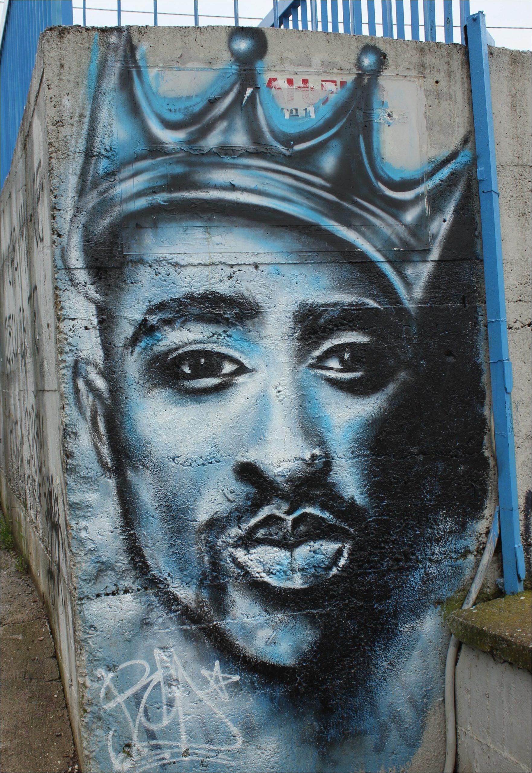 Tupac Lebenslauf Englisch Tupac Shakur –